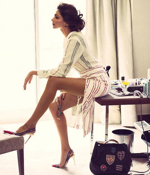 Deepika Padukone hot photoshoot for Vogue 2014 (4) | World