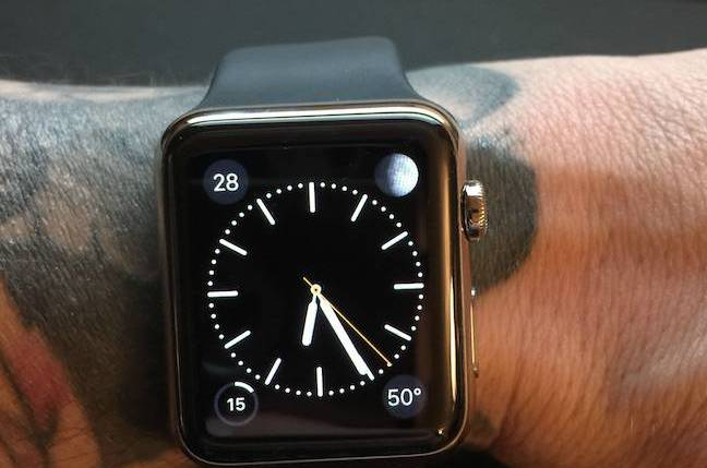Apple watch might malfunction if worn on tattooed arms