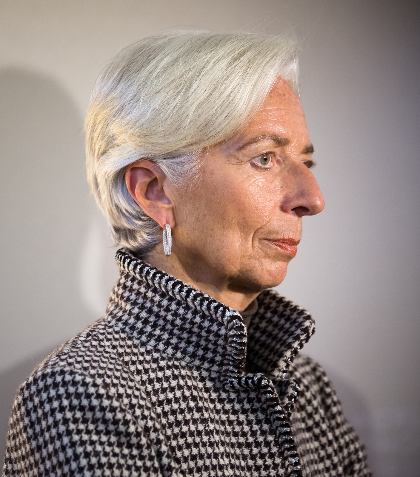 Christine Lagarde, IMF Head, says world would be worse off had central banks not have pushed negative rates