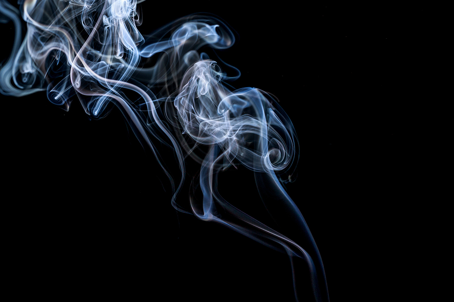 Watch out for middle-age health issues if your mom smoked