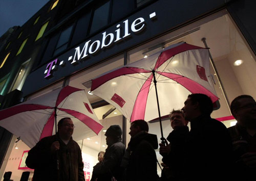 T-Mobile USA: Galaxy S6 and One M9 sales better than predecessors