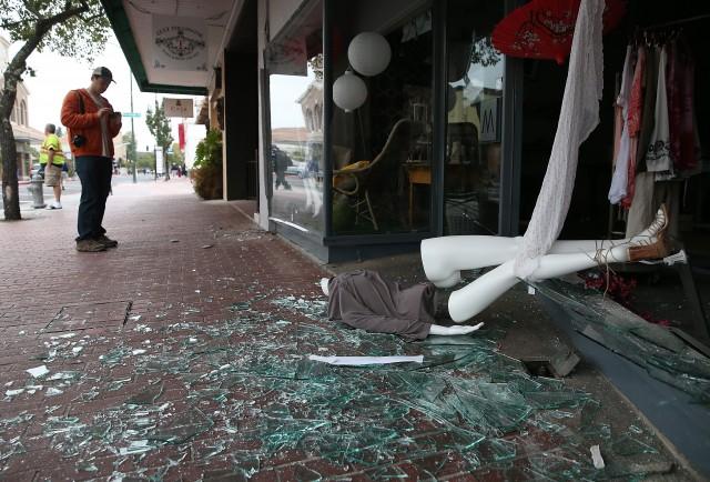 Photos & Video: Earthquake of magnitude 6 rocks California, Bay Area jolted