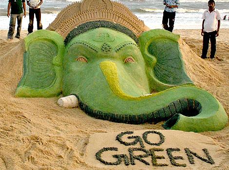 Eco-Friendly Idols on Ganesh Chaturthi in India!