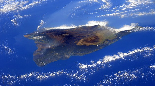 Could a massive tsunami hit Hawaii in next 50 years?