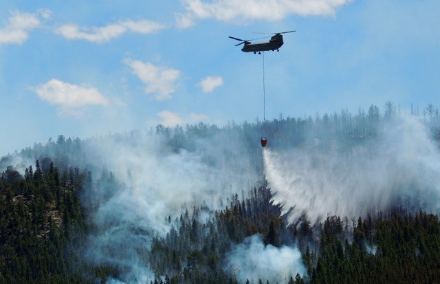 Fire destroys 5 homes in Boulder County, still uncontained
